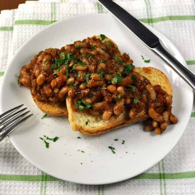 Homemade Baked Beans (Vegan, Veg) - easy recipe with a great depth of flavour, healthy (very little oil is used).