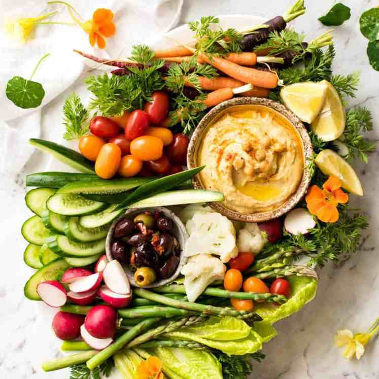 Crudités Vegetables Platter with Hummus recipetineats.com