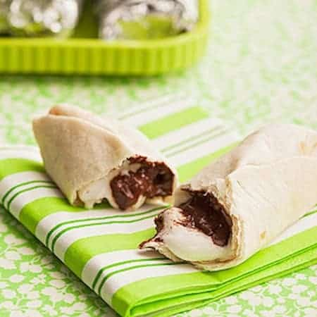 24 Things To Make With Tortillas: Burrito S'mores 24
