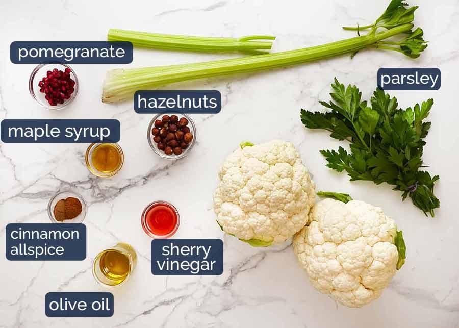 Ingredientes na salada de couve-flor assada de Yotam Ottolenghi