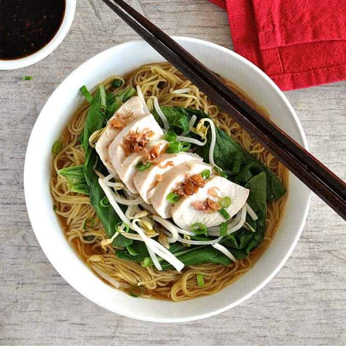 {350 calories, super easy} Foolproof method to make perfect poached chicken for this delicious noodle soup!