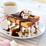 Breakfast, or dessert? Easy to make, and completely irresistible! #marshmallows #chocolate #nutella #chocolate