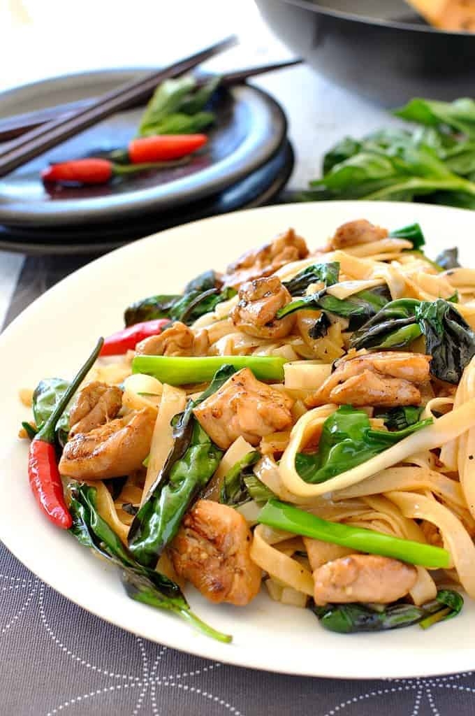 Thai drunken noodles pad kee mao recipetin eats drunken noodles pad kee mao authentic recipe for this popular thai street food forumfinder Choice Image