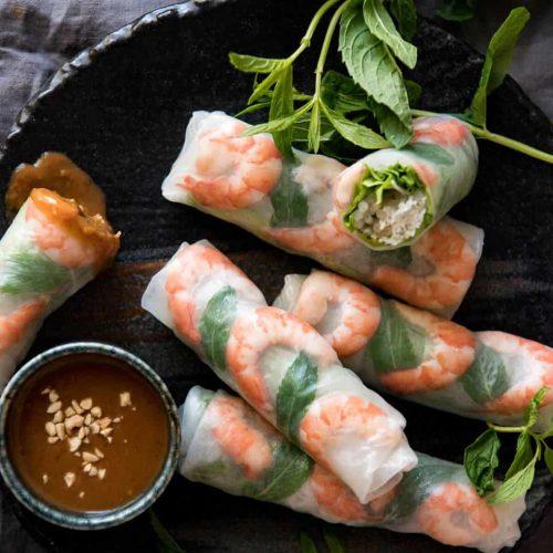 Vietnamese Rice Paper Rolls (Spring Rolls)