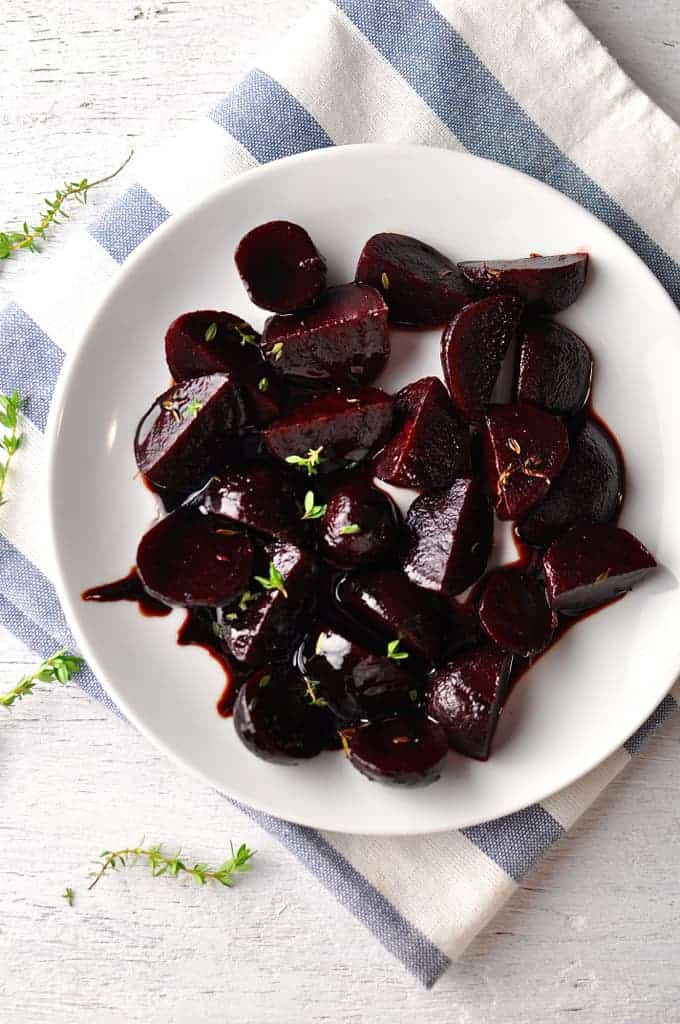 Overhead photo of balsamic glazed beetroots