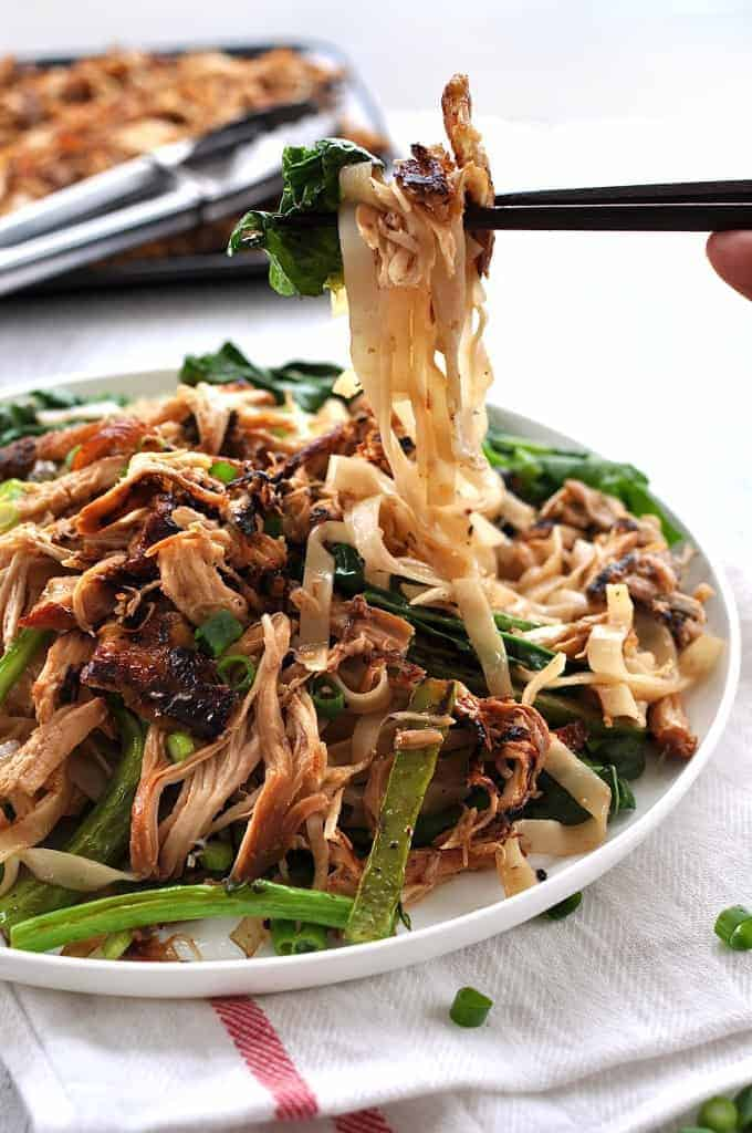 Using leftover Chinese shredded chicken, this takes just 10 minutes to make. #stir_fry #noodles #chinese #fast #easy #healthy