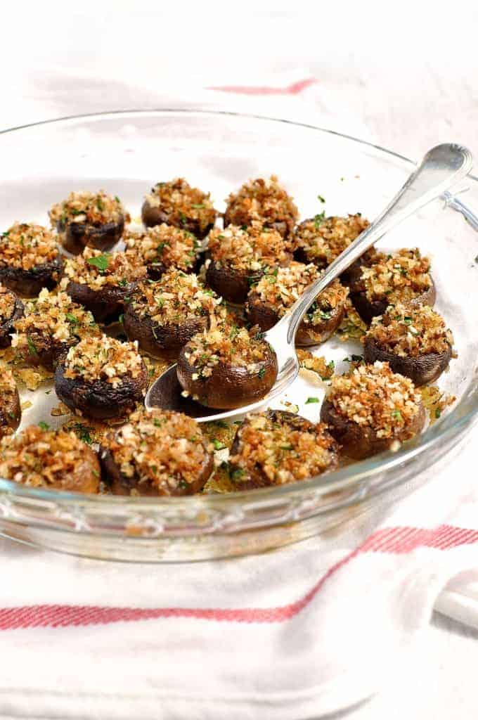 These only take 10 minutes to prepare. Great as a starter to pass around because you can pop the whole thing in your mouth. #appetizer #starter #mushroom #vegetarian #fast #elegant #easy