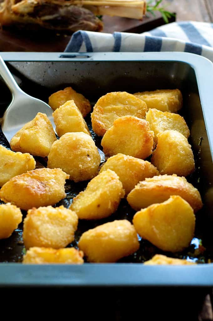 Truly crunchy roast potatoes recipetin eats truly crunchy roast potatoes this has a really thick crunchy crust par boil ccuart Images