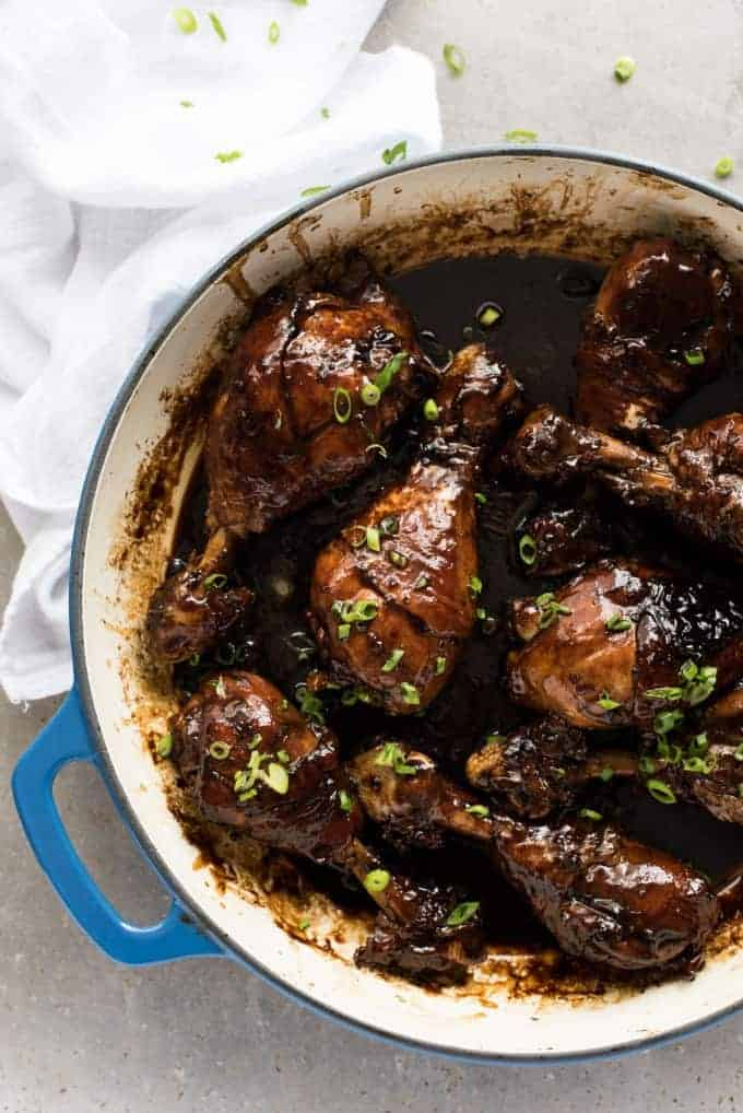 Sticky Balsamic Chicken Drumsticks - Made on the stove, and all you need is chicken, balsamic, soy sauce, sugar and garlic. The glaze is incredible!