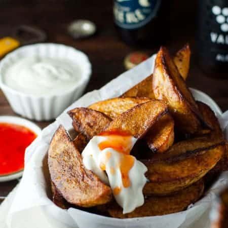 Crunchy Seasoned Oven Baked Potato Wedges