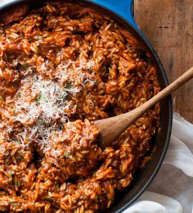 One Pot Bolognaise Orzo (Risoni) - dinner on the table in 20 minutes, from scratch, all made in one pot.