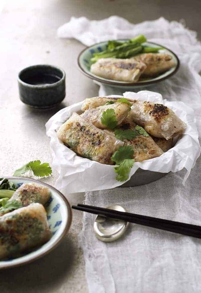 Crispy Chinese Rice Paper Wrapped Fish - just 5 ingredients, what a way to get your fish fix!