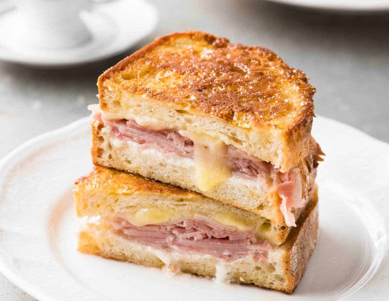 how to make a french toast sandwich