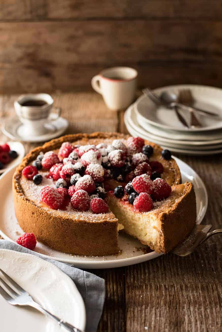 Easy Classic Baked Cheesecake