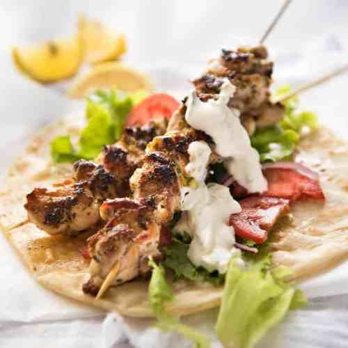 Chicken Souvlaki With Tzatziki Recipetin Eats