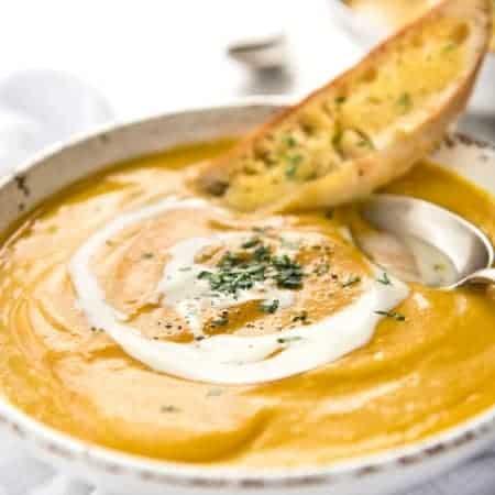 No Chop Roast Pumpkin Soup - An intensely flavoured creamy pumpkin soup made without chopping / peeling pumpkin. www.recipetineats.com