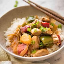 Bright and colourful, this Sweet and Sour Chicken Stir Fry is made with a sauce that rivals the best Chinese restaurants! www.recipetineats.com