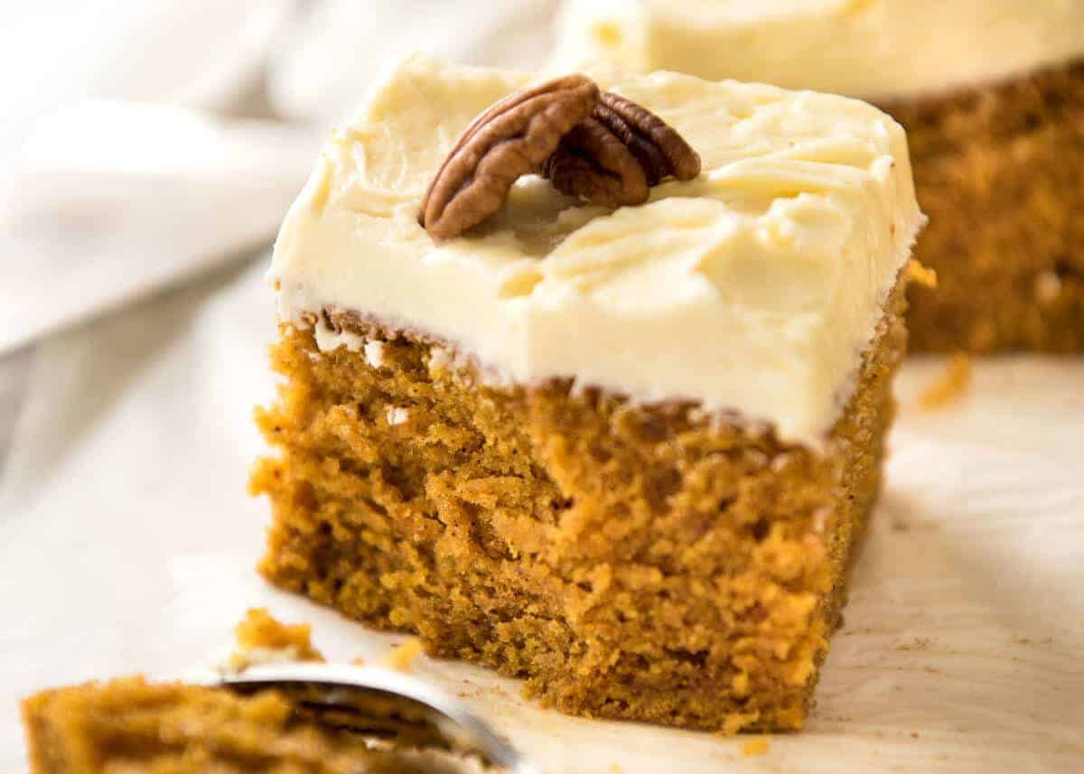 How To Make Pumpkin Cake With Cream Cheese Frosting