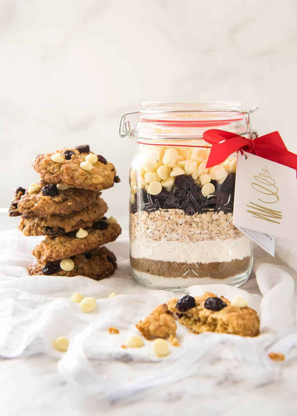 Cookie Mix In a Jar: White Chocolate Cranberry Cookies | RecipeTin ...