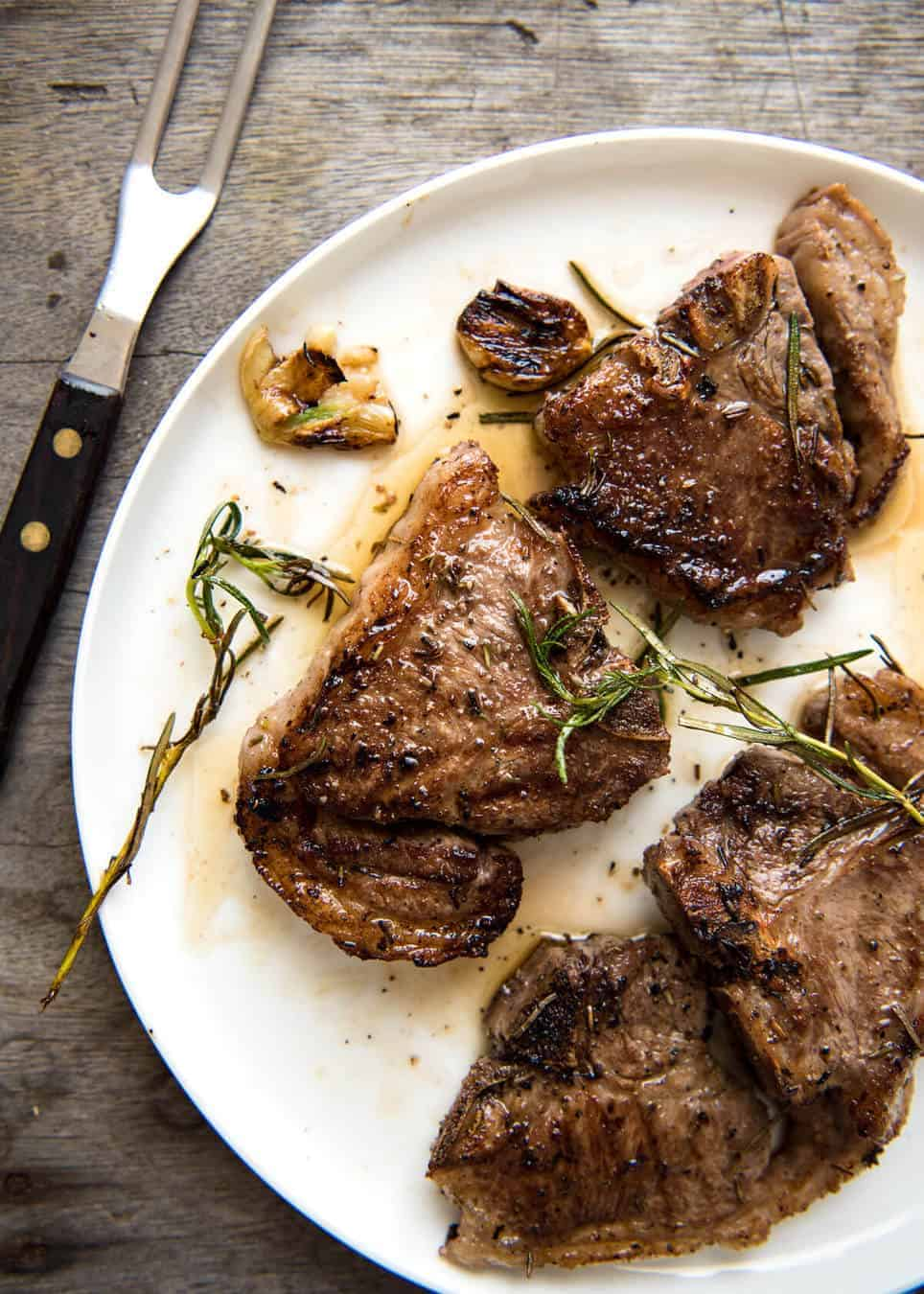 Rosemary Garlic Grilled Lamb Chops A Simple Marinade Infuses This With Fantastic Flavour Use