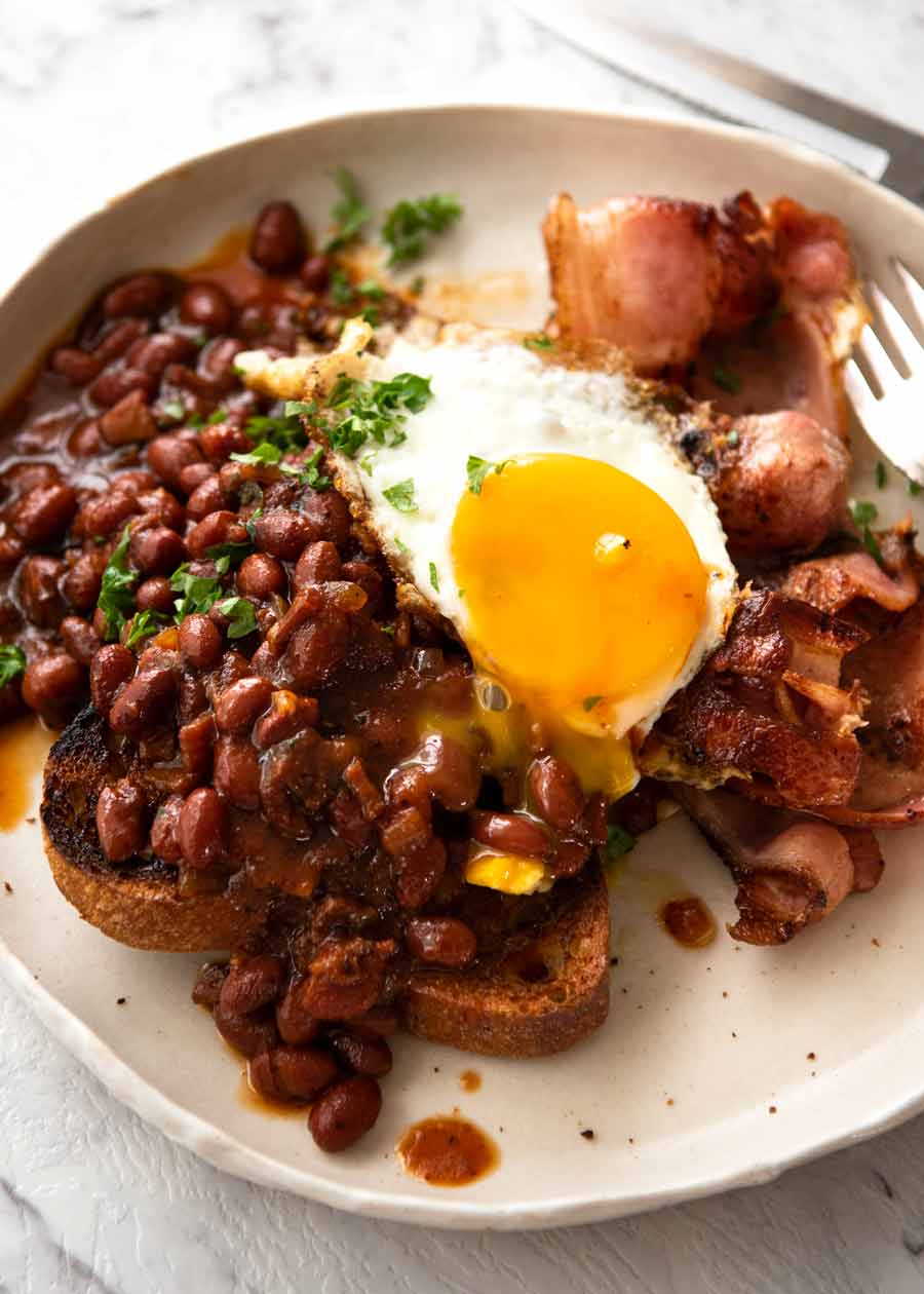 Breakfast Baked Beans, southern style