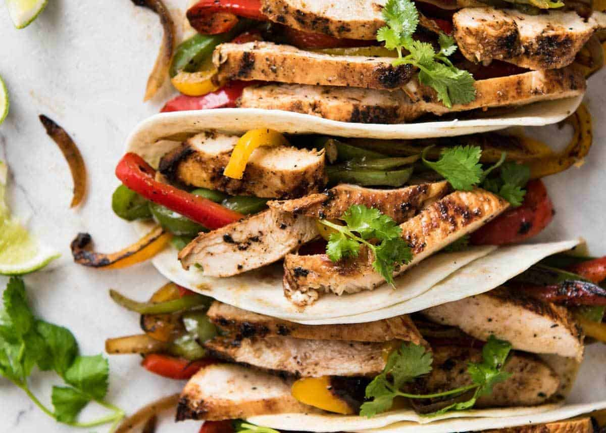 Juicy Chicken Fajitas beautifully seasoned with a homemade Fajita ...