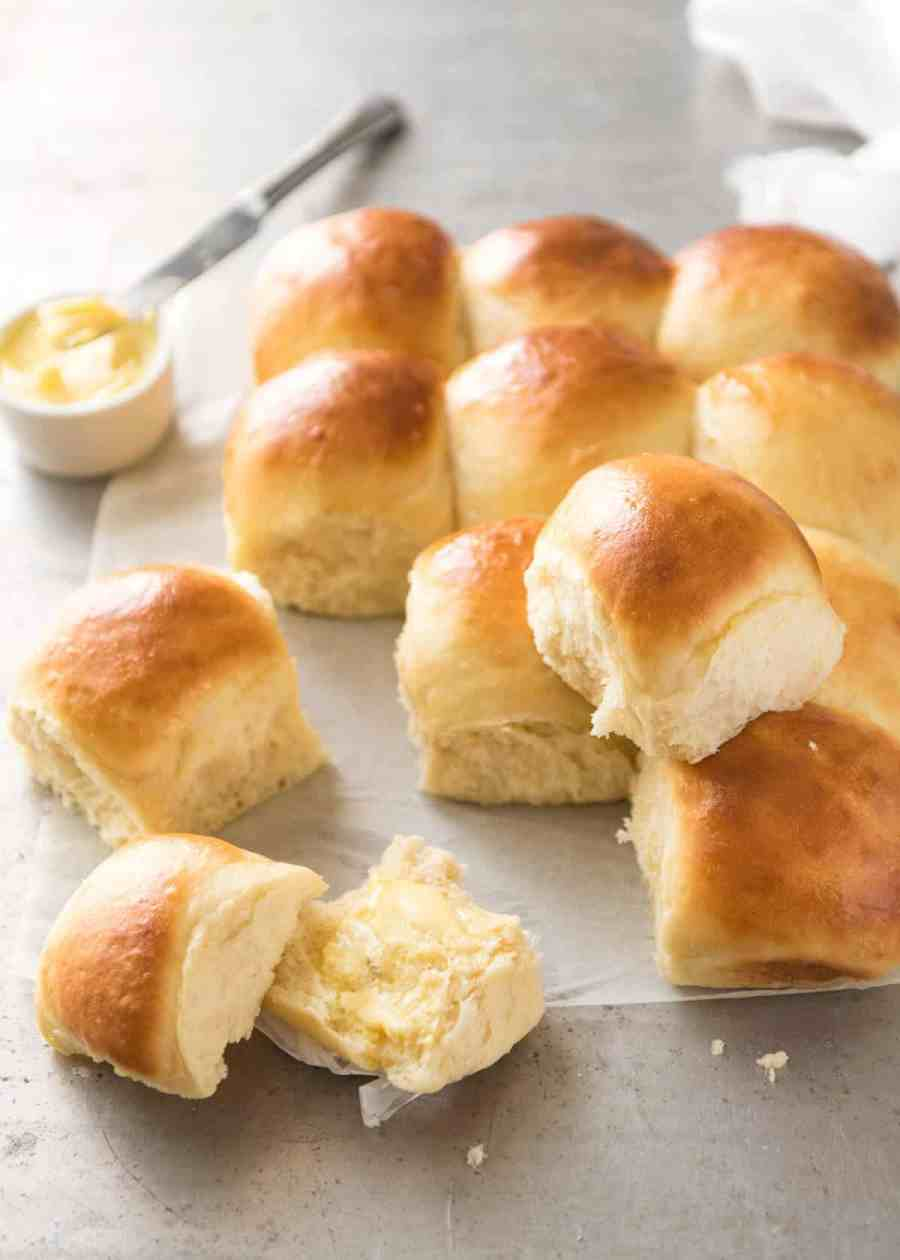 These No Knead Dinner Rolls are like magic! Astonishingly easy, no stand mixer, just mix the ingredients in a bowl! recipetineats.com