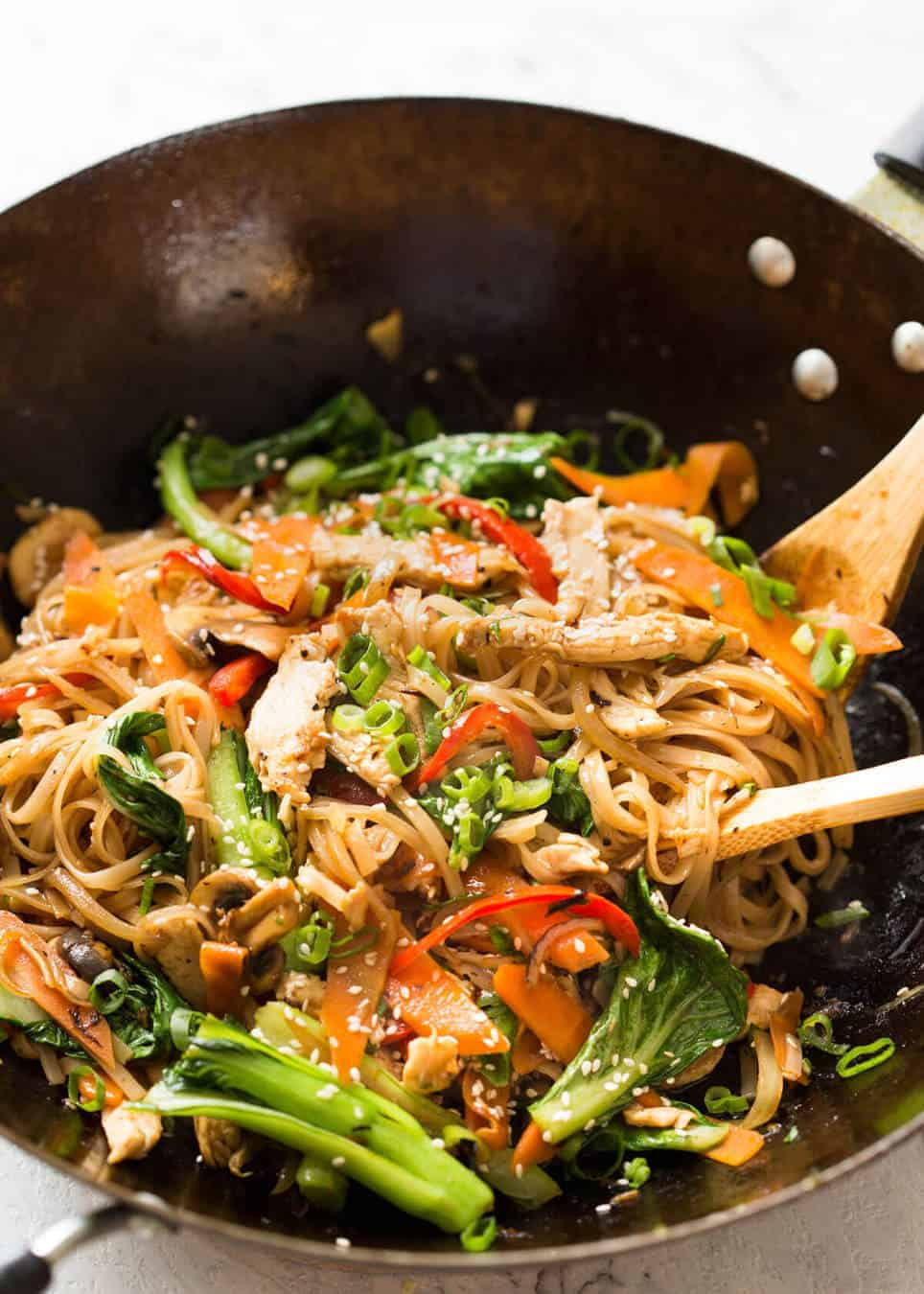 Chicken stir fry with rice noodles recipetin eats great fridge forage meal any dried noodles any veggies optional protein this forumfinder Choice Image
