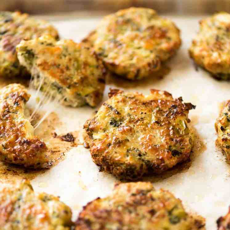Golden and crispy on the outside, juicy and cheesy on the inside - BAKED Cheesy Broccoli Chicken Patties. recipetineats.com