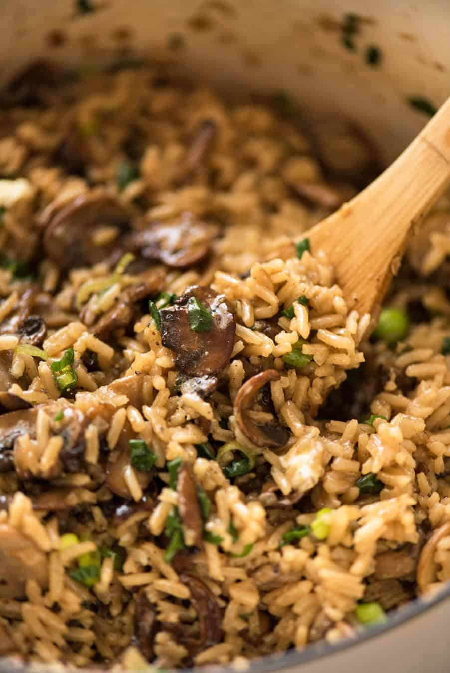 A Mushroom Rice all made in one pot! Tip: stir through half the browned mushrooms at the end for maximum flavour. www.recipetineats.com