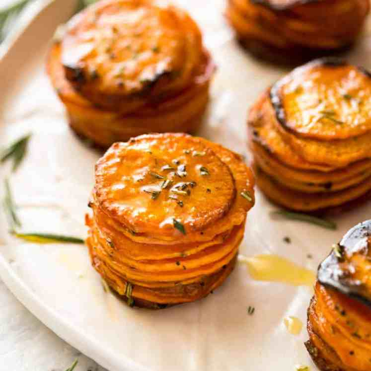 These Roasted Sweet Potato Stacks have crispy edges, are buttery, salty and sweet with a hint of rosemary. Terrific Sweet Potato side dish! recipetineats.com