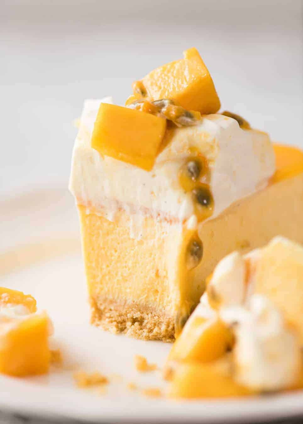 This No Bake Mango Cheesecake is a complete and utter celebration of summer! www.recipetineats.com