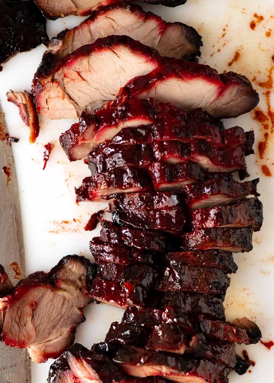 Foto aérea de carne de porco fatiada Char Siu - carne de porco grelhada chinesa
