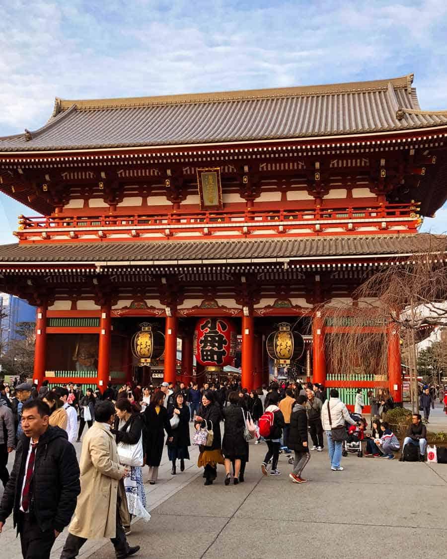 Asakusa Temple - Senso-ji Buddhist temple