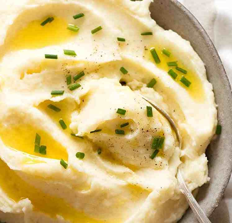 Hot Mashed Potato in a bowl, ready to be served