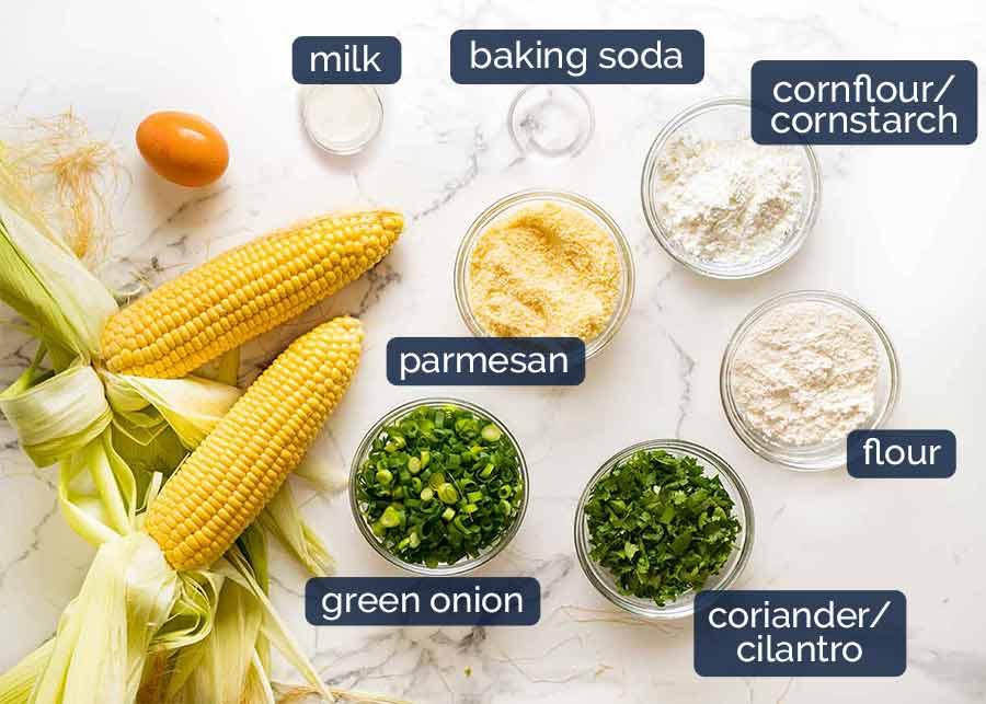 Ingredientes para bolinhos de milho crocantes