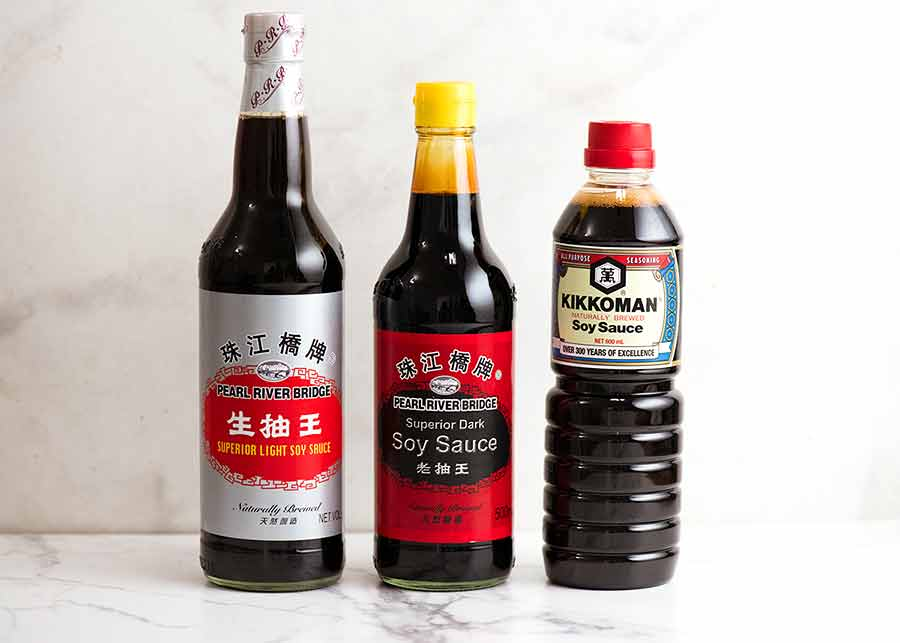 Soy sauces - different types - light vs dark soy sauce