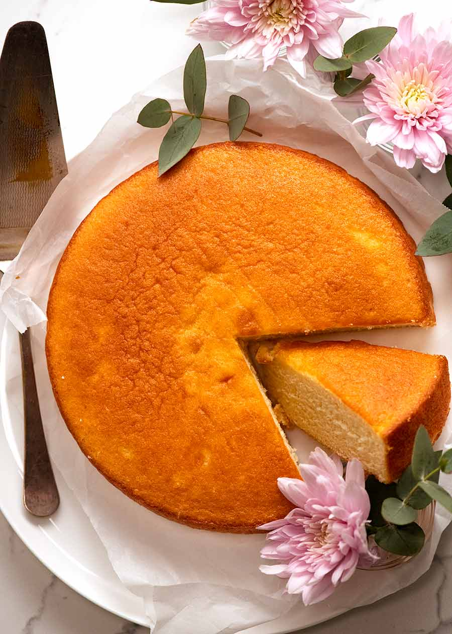 Overhead photo of My best Vanilla Cake