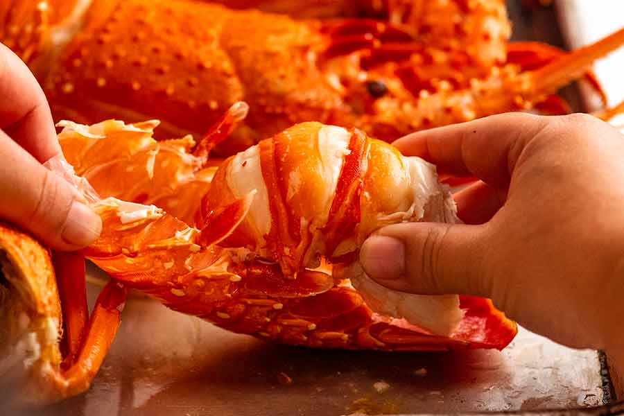 How to remove shell from lobster
