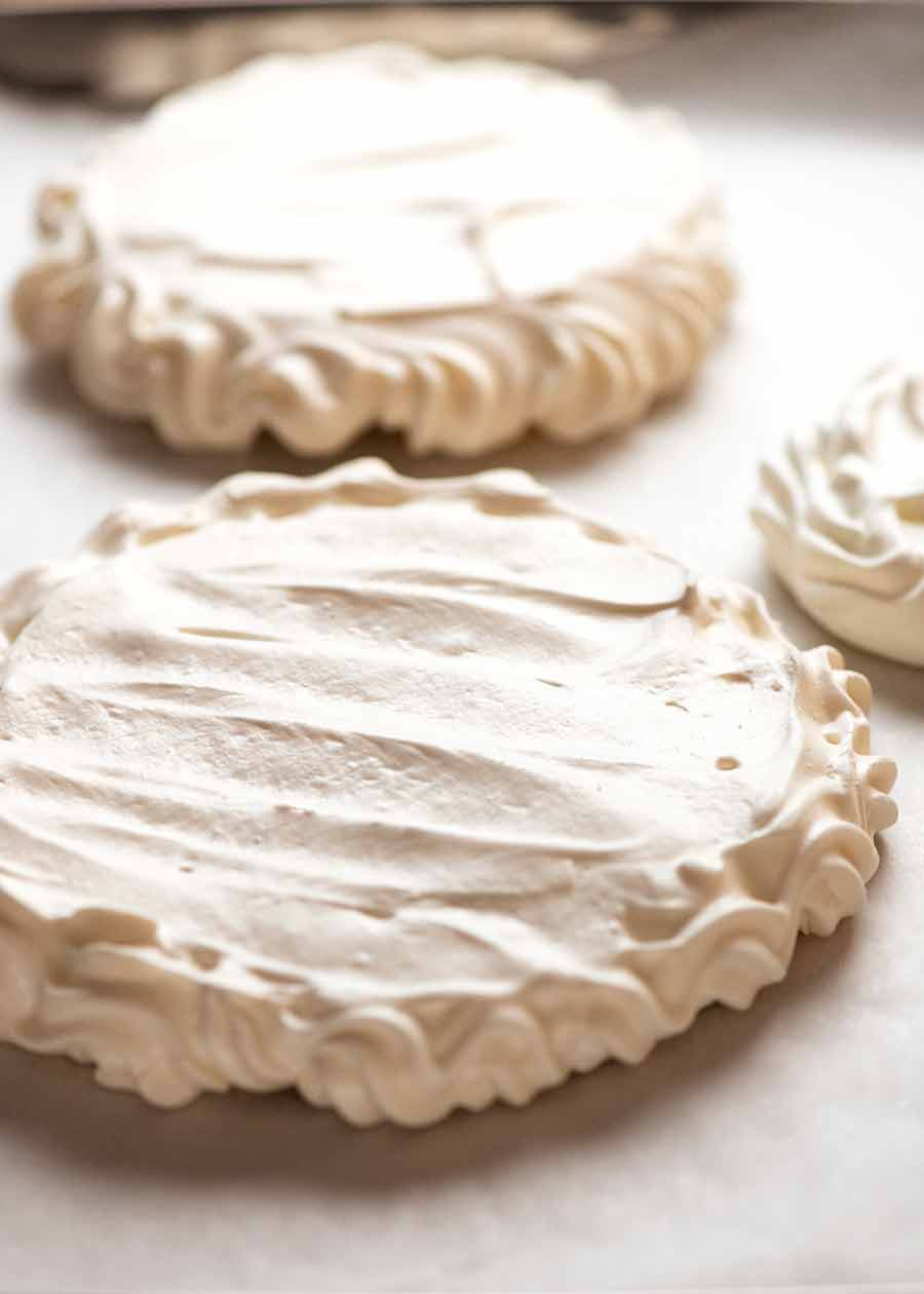 Pavlova layers for Pavlova Christmas Tree Dessert