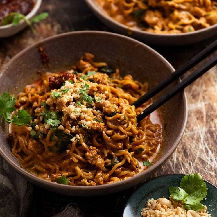Thai Chicken Peanut Noodles in a bowl, ready to be eaten