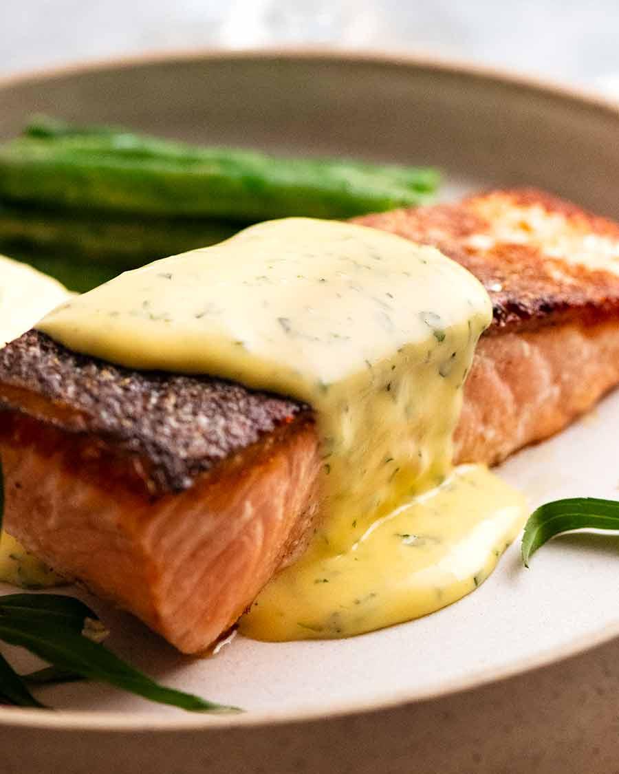 Crispy Skin Salmon served with Bearnaise Sauce