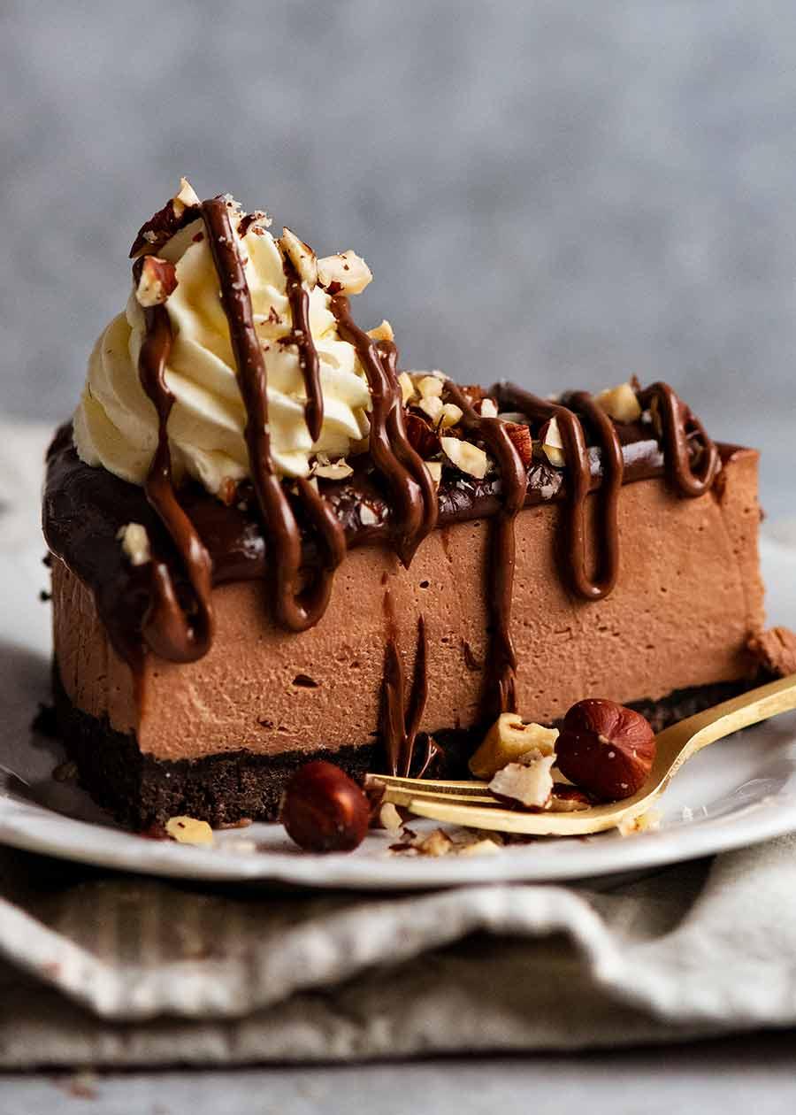 Close up of a slice of Nutella Cheesecake (No Bake)