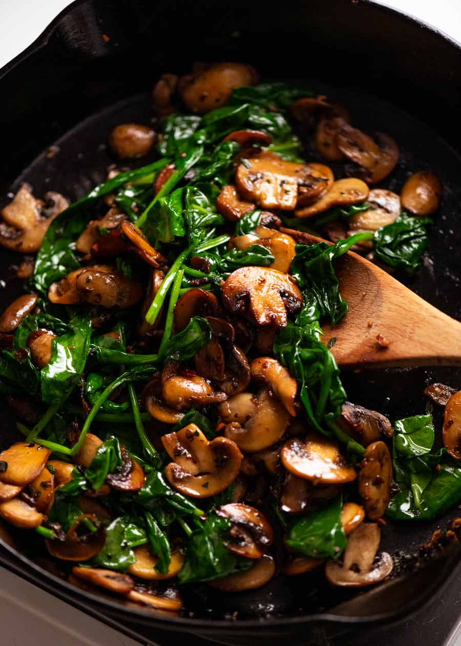 Spinach mushroom for Baked Eggs - Shirred Eggs