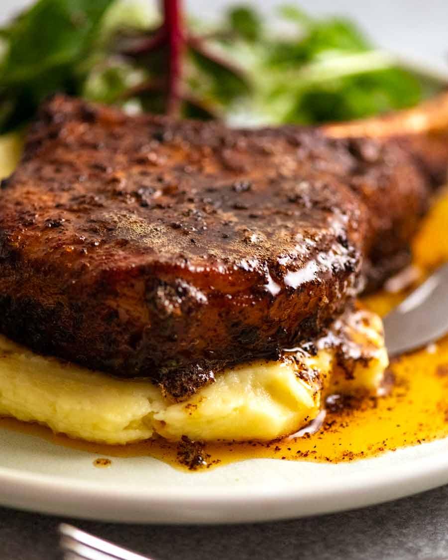 Pork chop with pork rub