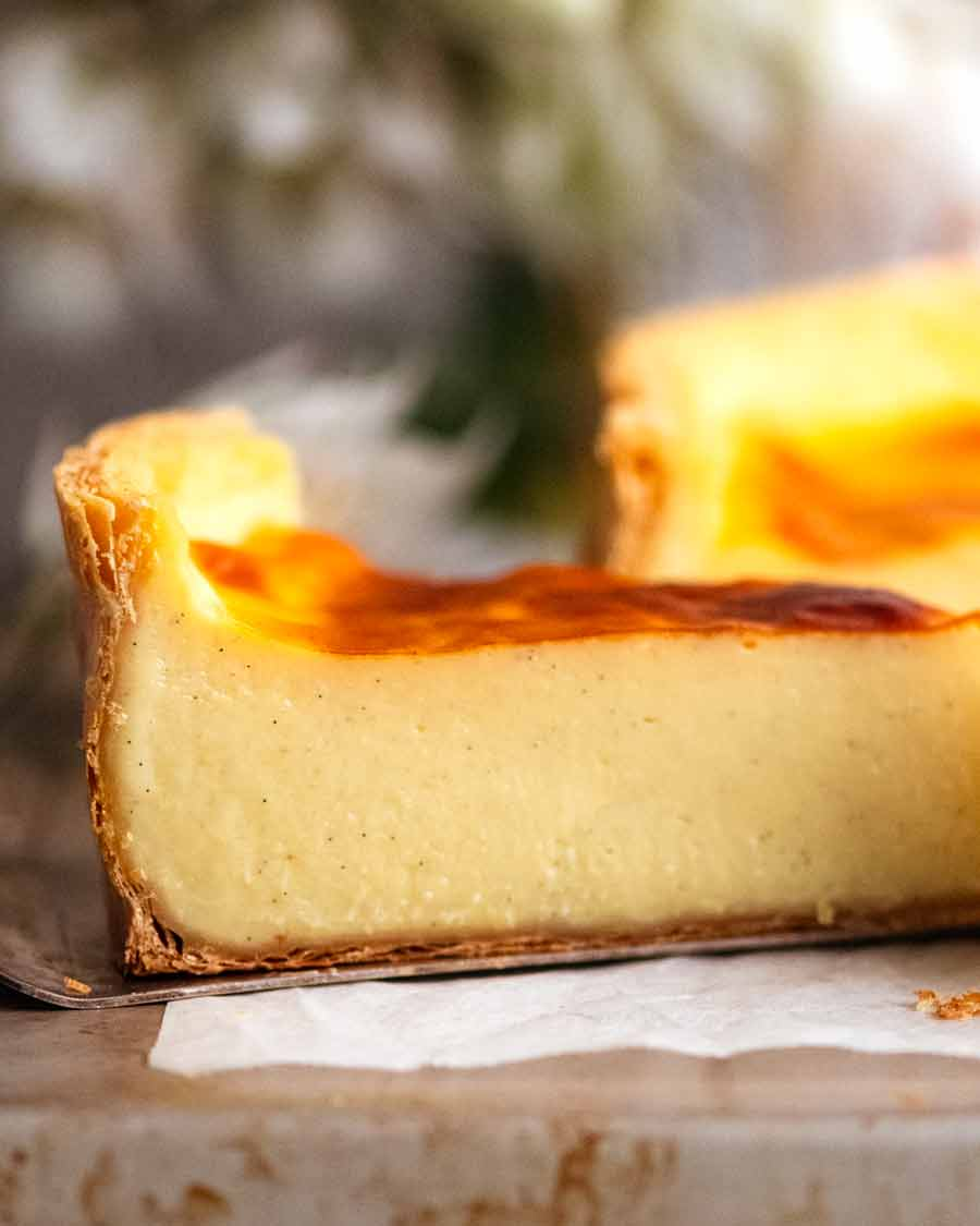 Close up showing the side of a slice of Flan Patissier