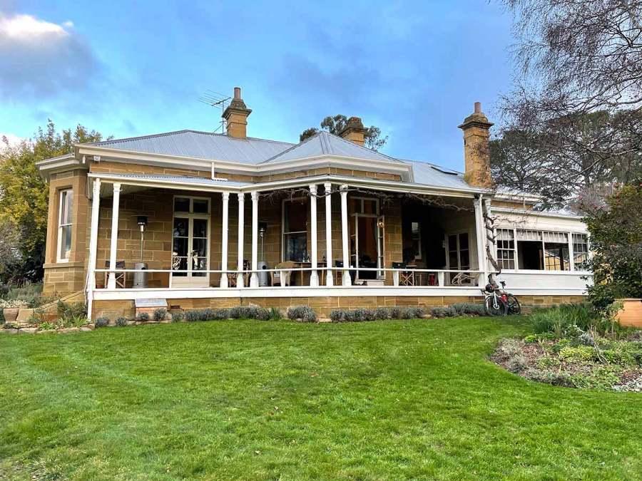 Meadowbank Vineyard Tasmania Lunch